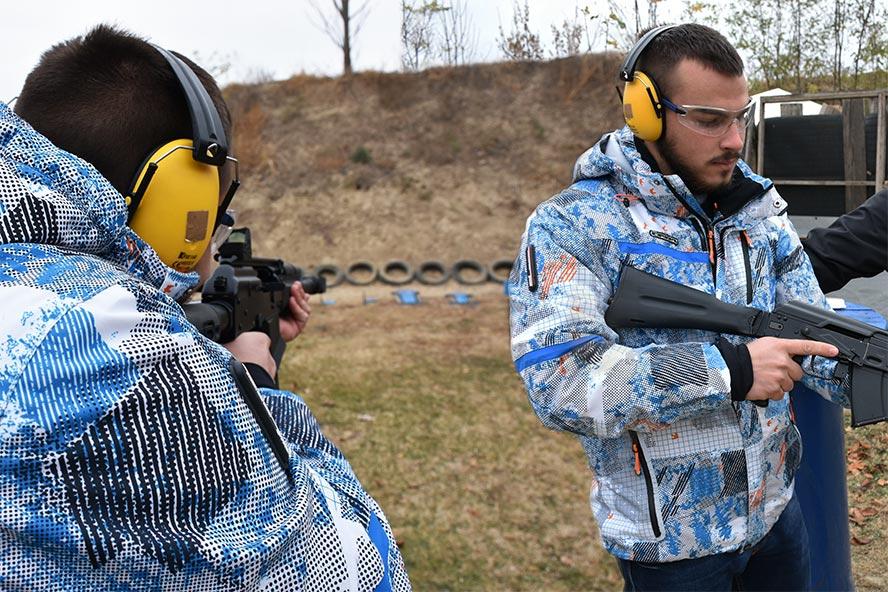 "Adrenalinski izlet – Gun range ""Begluk"""