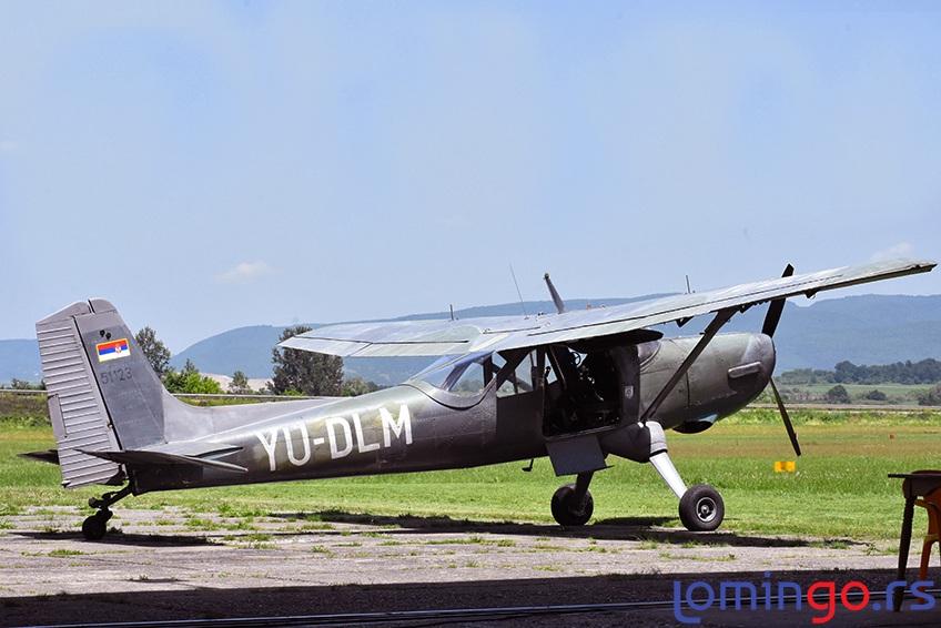 skok-iz-aviona-lomingo-travel