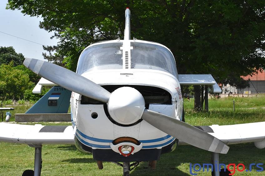 avion-lomingo-travel