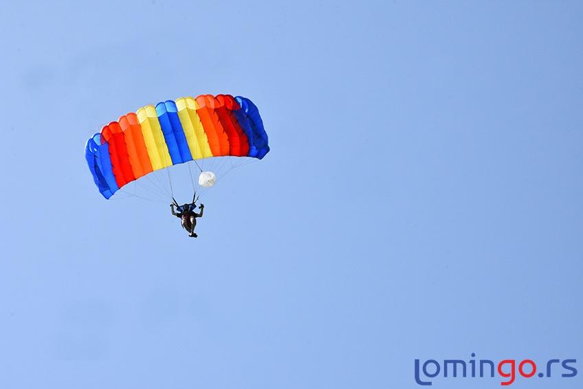 tandem-skok-lomingo-travel