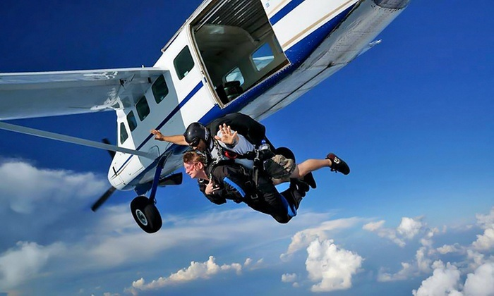 tandem-skok-iz-aviona-paracin