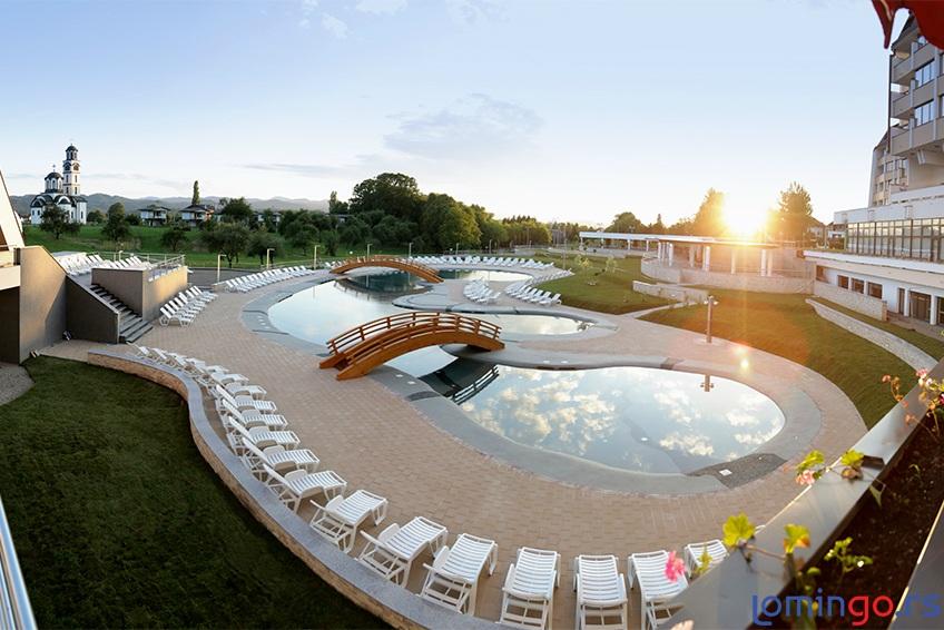 hotel-kardial-spoljni-bazen